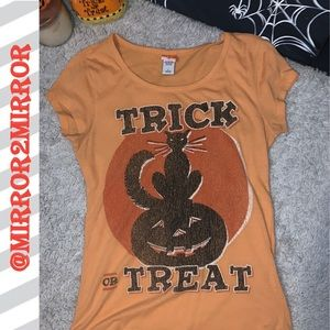 🎃Women's Trick or Treat shirt